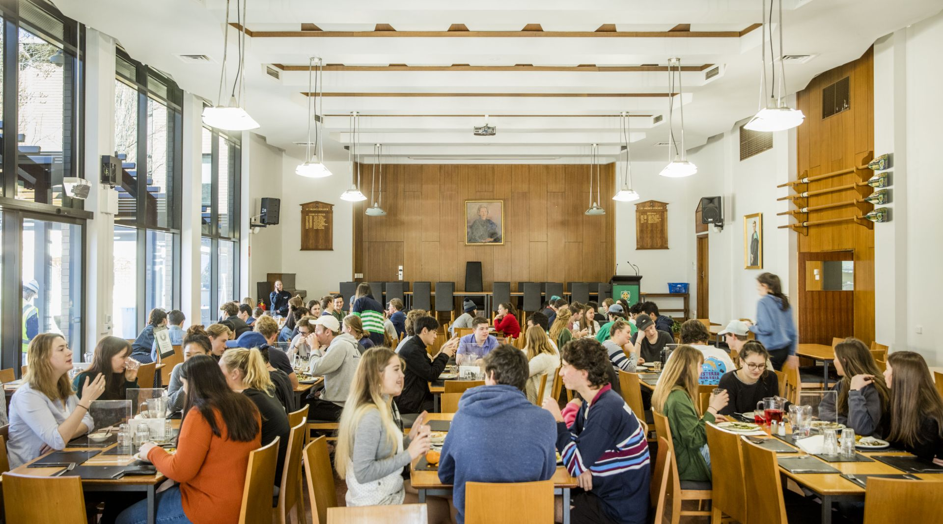 Students in the Dining Hall having lunch
